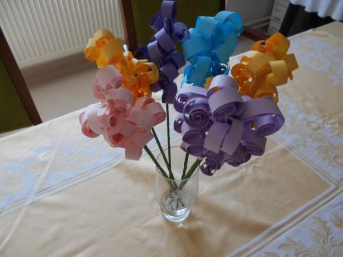 Výroba květin z papíru