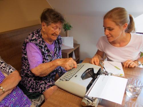 Návštěva terapeutky v Domově pro seniory